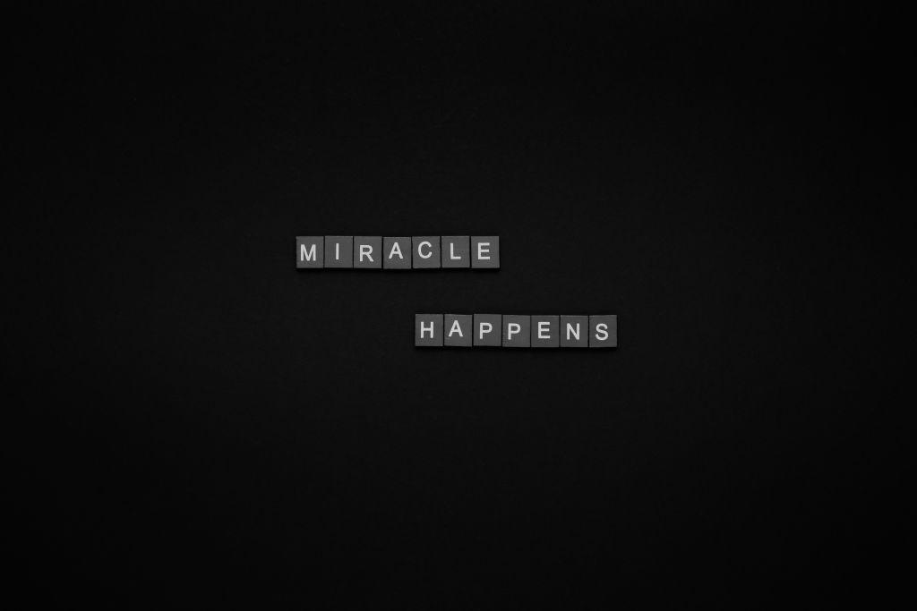un milagro cada mes